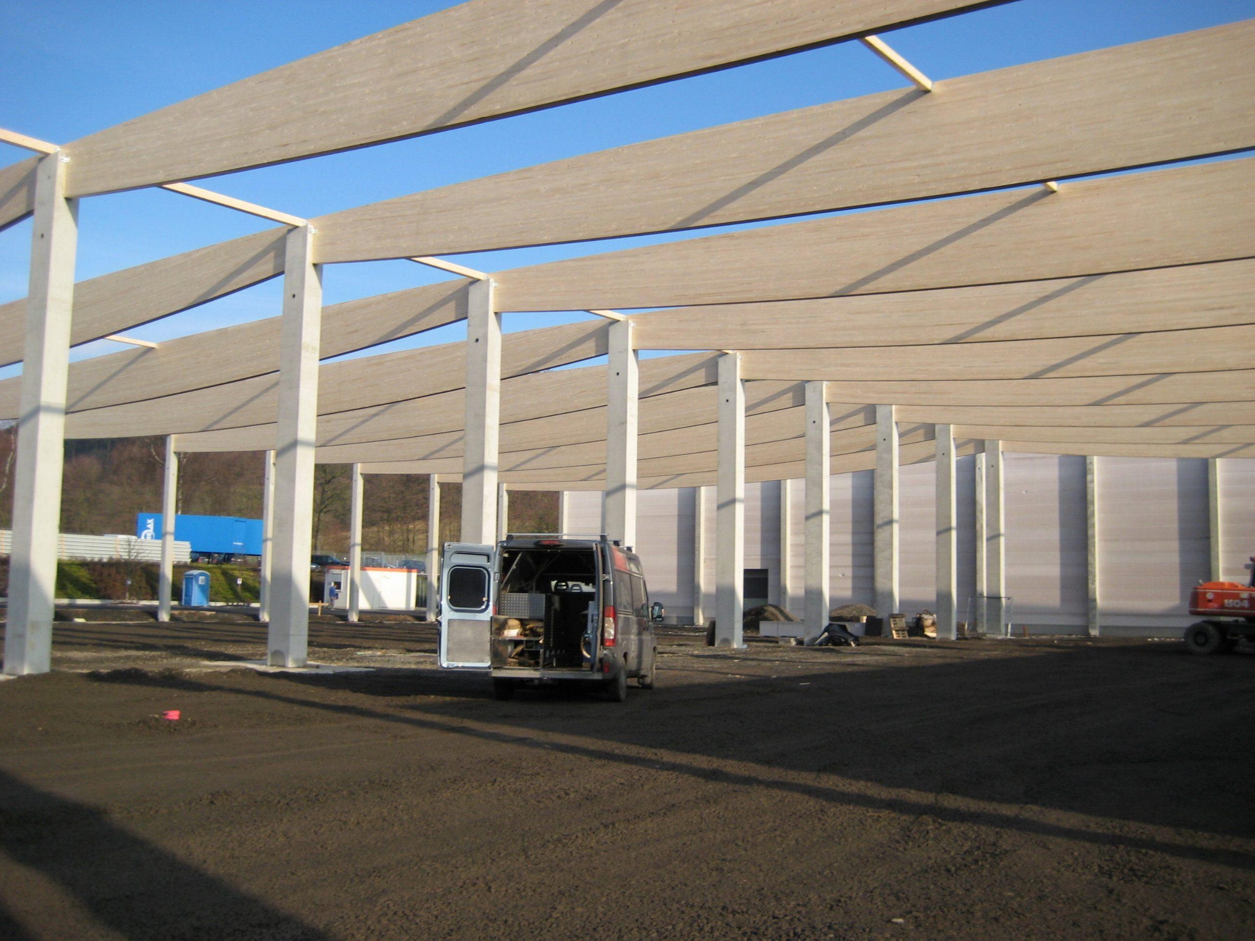 Fischbauchbinder Logistikhalle Halle BSH- Dachkonstruktion Schubfeld