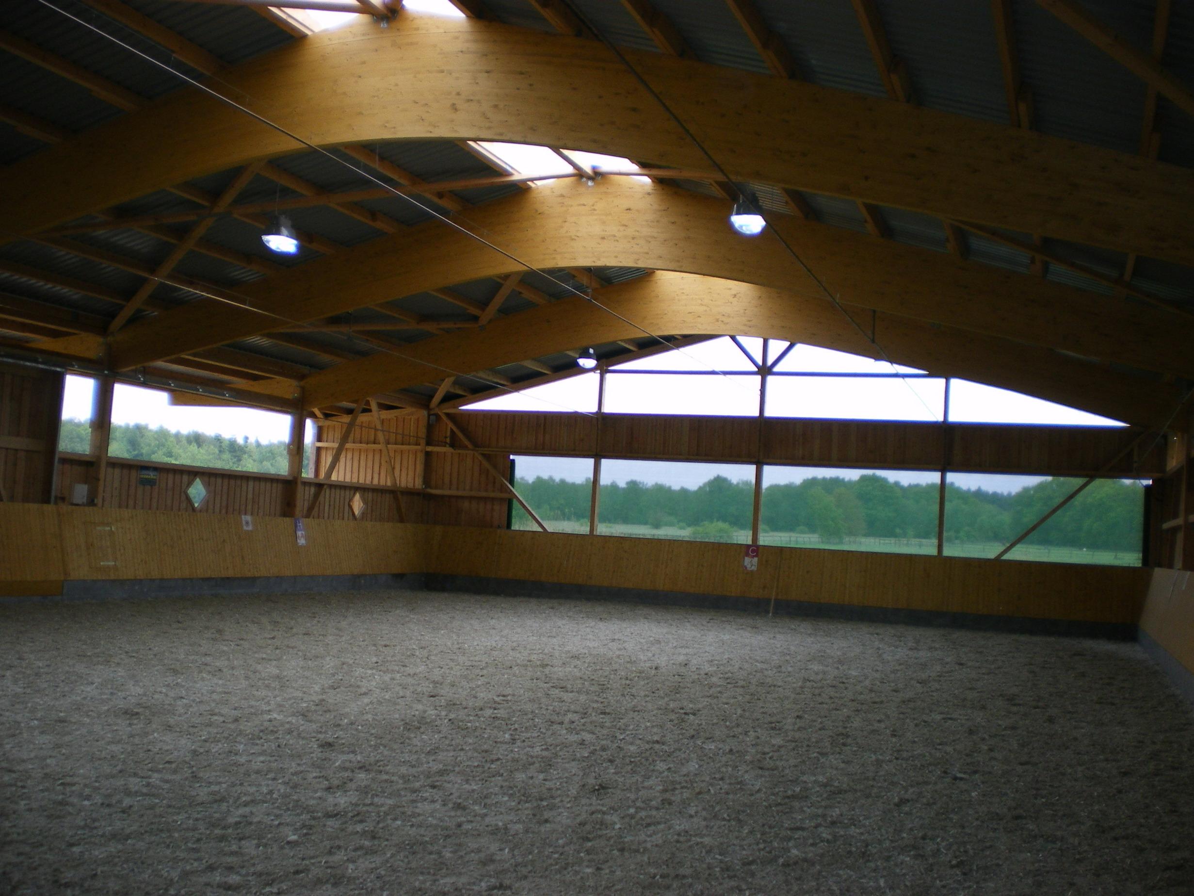 Satteldachbinder Reithalle Reitanlage Pferdestall BSH-Dachkonstruktion
