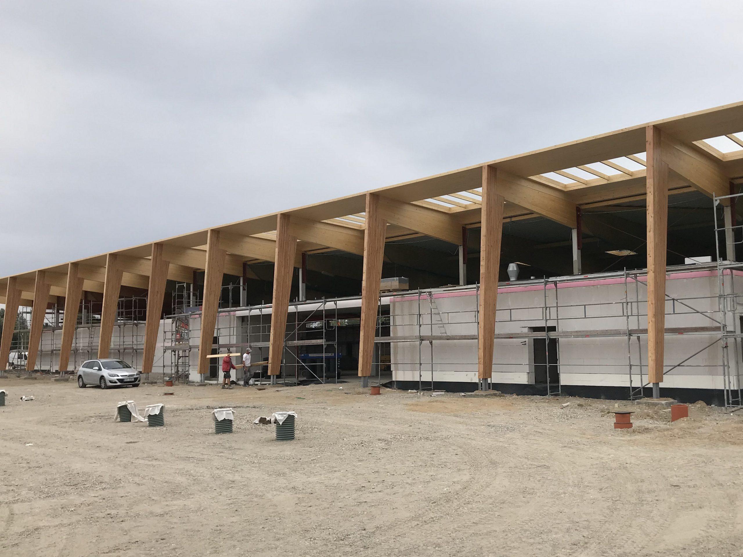Fischbauchbinder Verbrauchermarkt Lebensmittelmarkt BSH- Dachkonstruktion Green Building DGNB