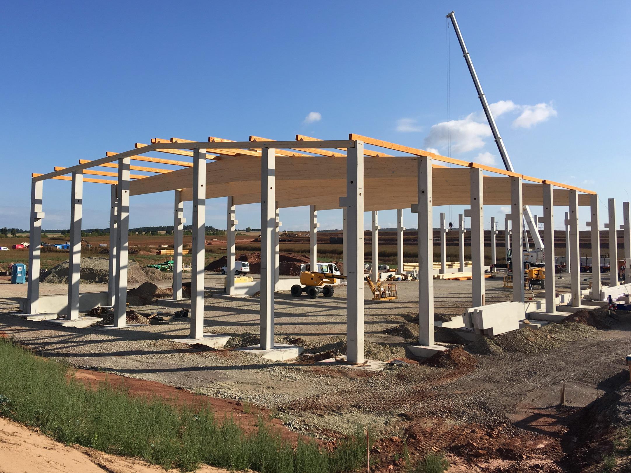 Satteldachbinder Industriehalle BSH- Dachkonstruktion